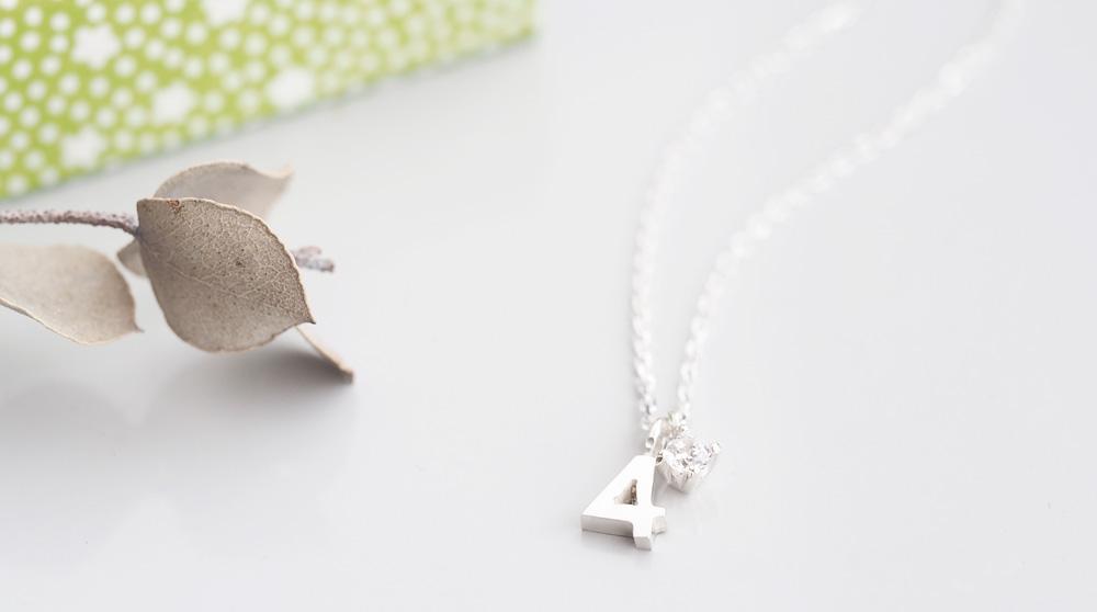 数字 & 4月 誕生石 ダイヤモンド ネックレス シルバー925